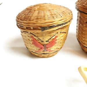 Vintage Accents - Vintage small butterfly baskets with lids